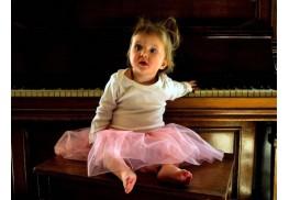 Какво да знаете преди да запишете детето си на пиано