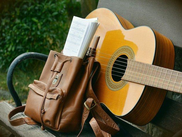 5 често задавани въпроса на начинаещи китаристи